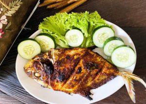Ikan kuwe bakar madu